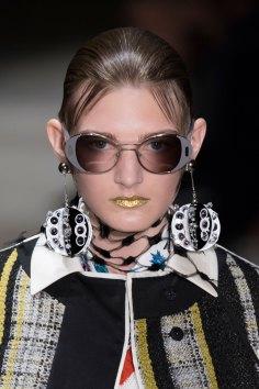 Prada-spring-2016-runway-beauty-fashion-show-the-impression-086