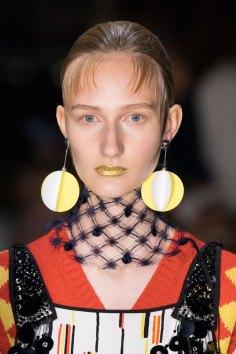 Prada-spring-2016-runway-beauty-fashion-show-the-impression-108