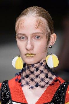Prada-spring-2016-runway-beauty-fashion-show-the-impression-110