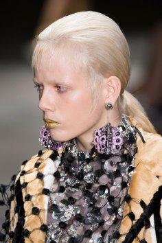 Prada-spring-2016-runway-beauty-fashion-show-the-impression-133