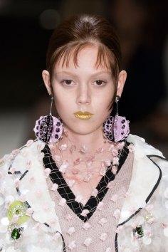 Prada-spring-2016-runway-beauty-fashion-show-the-impression-144