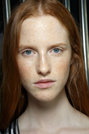 Preen-by-Thornton-Bregazzi-beauty-spring-2016-fashion-show-the-impression-025