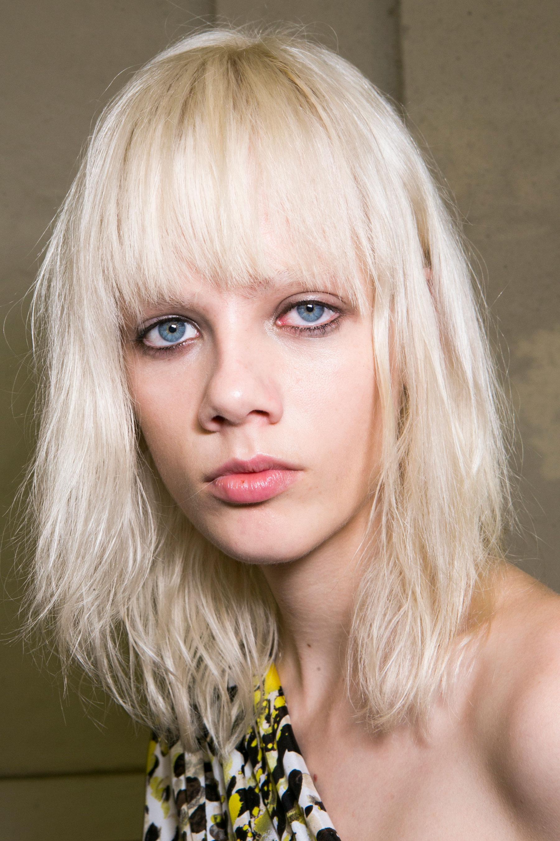 Roberto-Cavalli-Backstage-beauty-spring-2016-close-up-fashion-show-the-impression-043