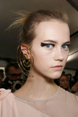 Vionnet-spring-2016-beauty-fashion-show-the-impression-45