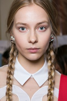 Vivetta-spring-2016-beauty-fashion-show-the-impression-11