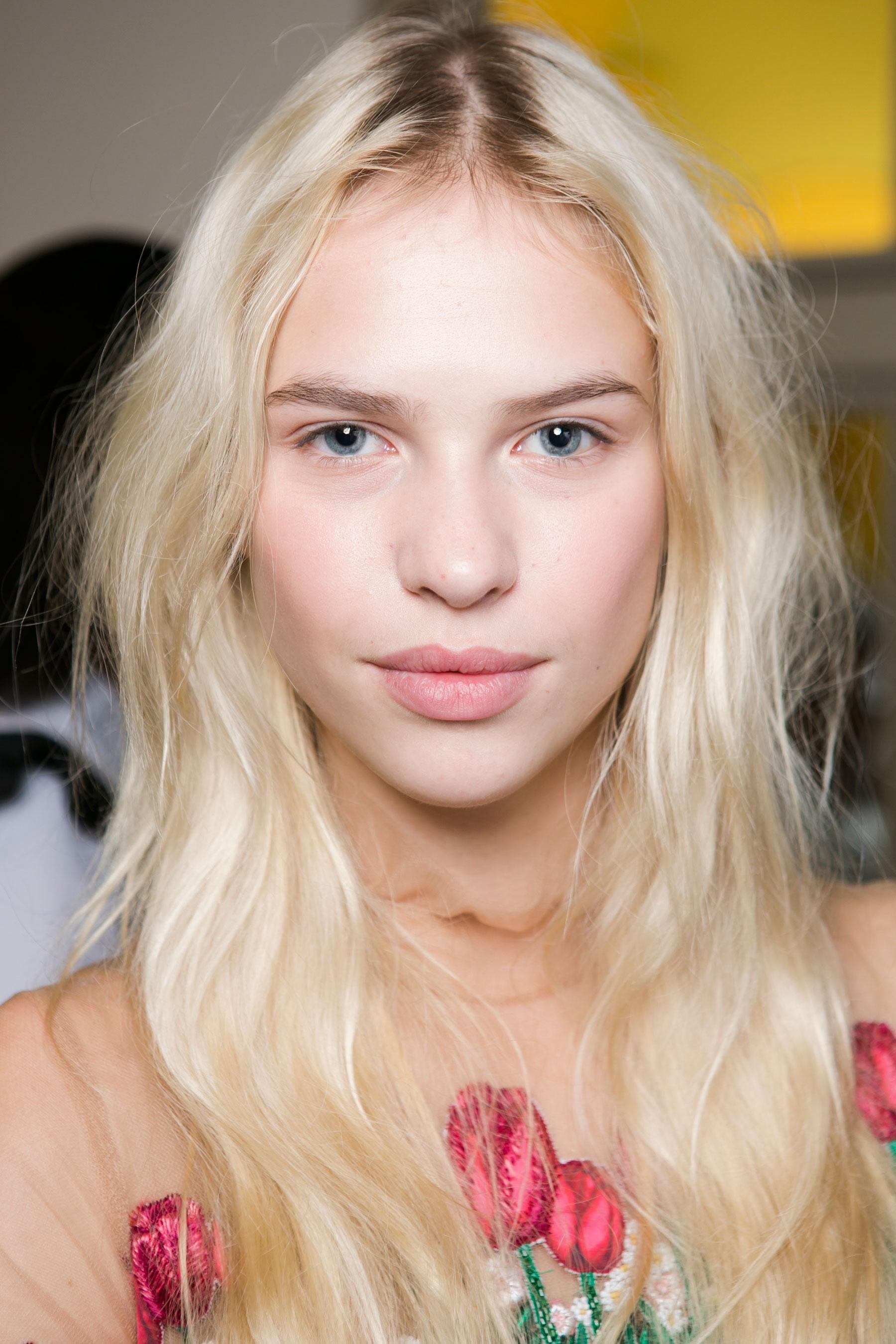 Vivetta-spring-2016-beauty-fashion-show-the-impression-26