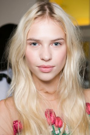 Vivetta-spring-2016-beauty-fashion-show-the-impression-26
