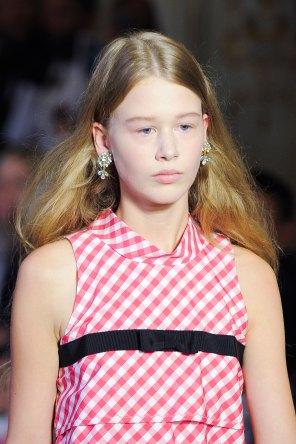 Vivetta-spring-2016-runway-beauty-fashion-show-the-impression-01