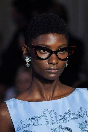 Vivetta-spring-2016-runway-beauty-fashion-show-the-impression-53