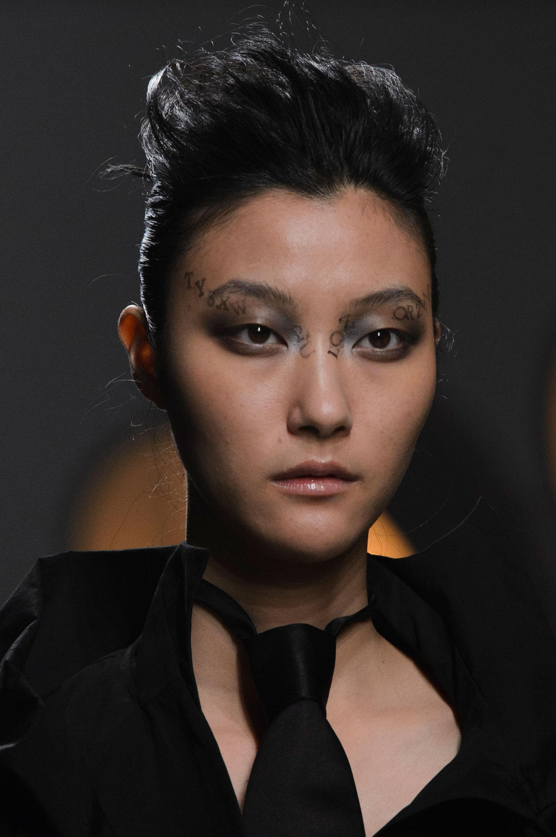 aganovich-spring-2016-runway-beauty-fashion-show-the-impression-04