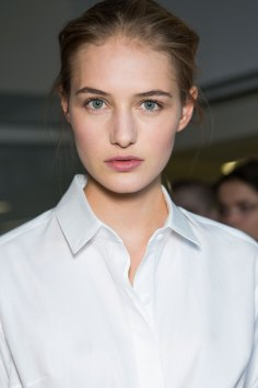 anthony-vaccarello-spring-2016-beauty-fashion-show-the-impression-26