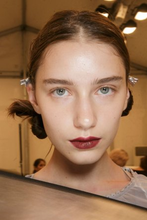 burberry-spring-2016-beauty-fashion-show-the-impression-42