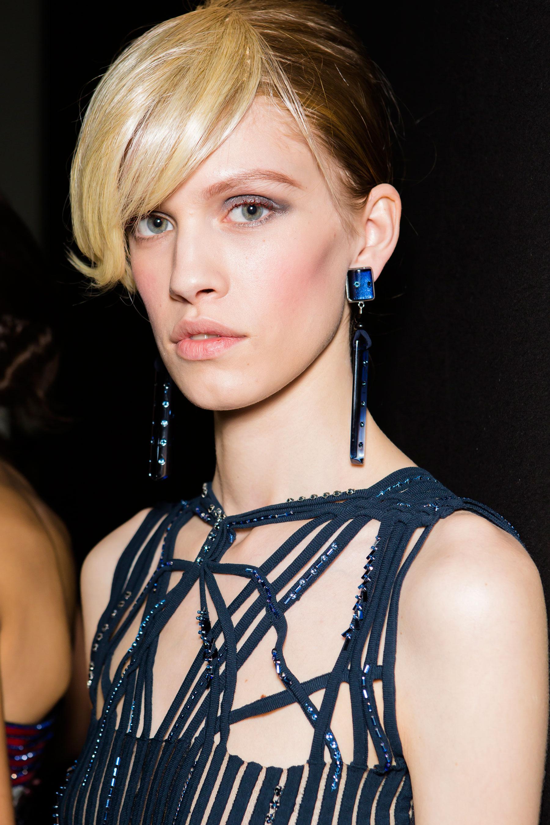 giorgio-armani-spring-2016-beauty-fashion-show-the-impression-15