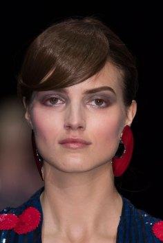 giorgio-armani-spring-2016-runway-beauty-fashion-show-the-impression-69