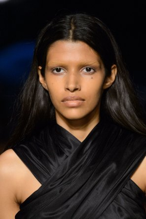 givenchy-runway-beauty-spring-2016-fashion-show-the-impression-04