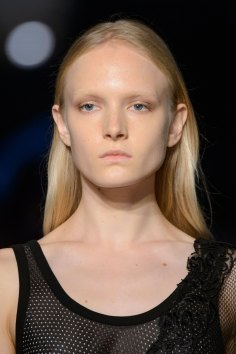 givenchy-runway-beauty-spring-2016-fashion-show-the-impression-11