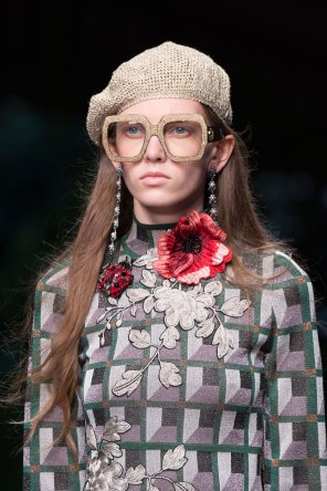 gucci-beauty-spring-2016-fashion-show-the-impression-031