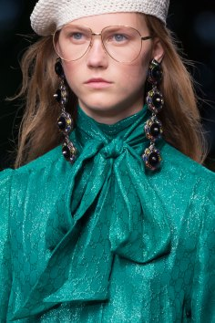 gucci-beauty-spring-2016-fashion-show-the-impression-051