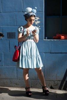 london-fashion-week-street-style-day-2-spring-2016-fashion-show-the-impression-069