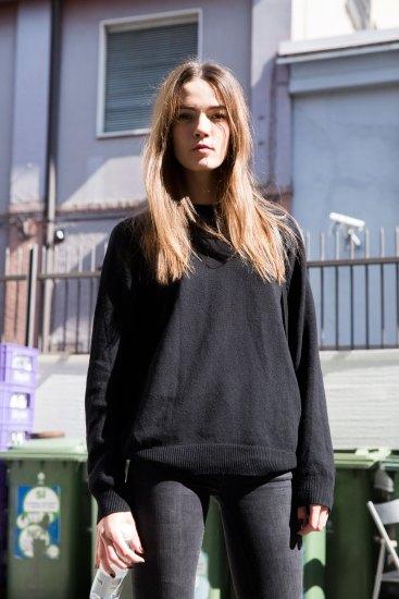 milan-fashion-week-street-style-day-3-september-2015-the-impression-029