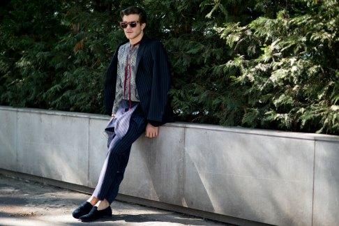 milan-fashion-week-street-style-day-3-september-2015-the-impression-054
