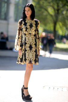 milan-fashion-week-street-style-day-3-september-2015-the-impression-091