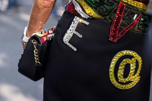 milan-fashion-week-street-style-day-3-september-2015-the-impression-163