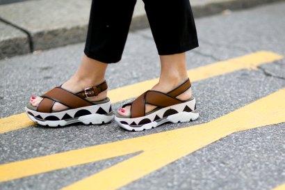 milan-fashion-week-street-style-day-5-september-2015-the-impression-072