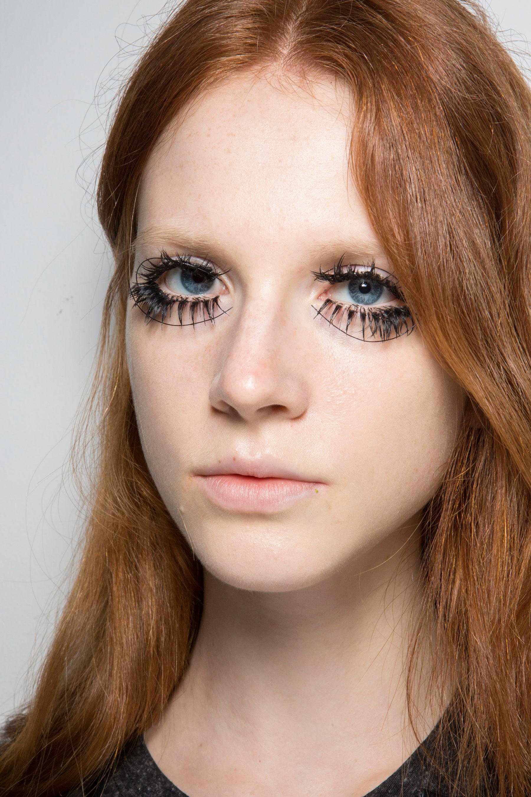 thomas-tait-spring-2016-beauty-fashion-show-the-impression-07