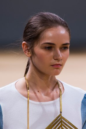 Allude-spring-2016-runway-beauty-fashion-show-the-impression-16