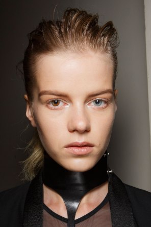 Ann-Demeulemeester-spring-2016-beauty-fashion-show-the-impression-14