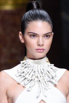 Balmain-spring-2016-runway-beauty-fashion-show-the-impression-62