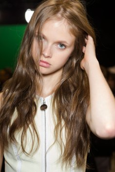 Carven-spring-2016-beauty-fashion-show-the-impression-58