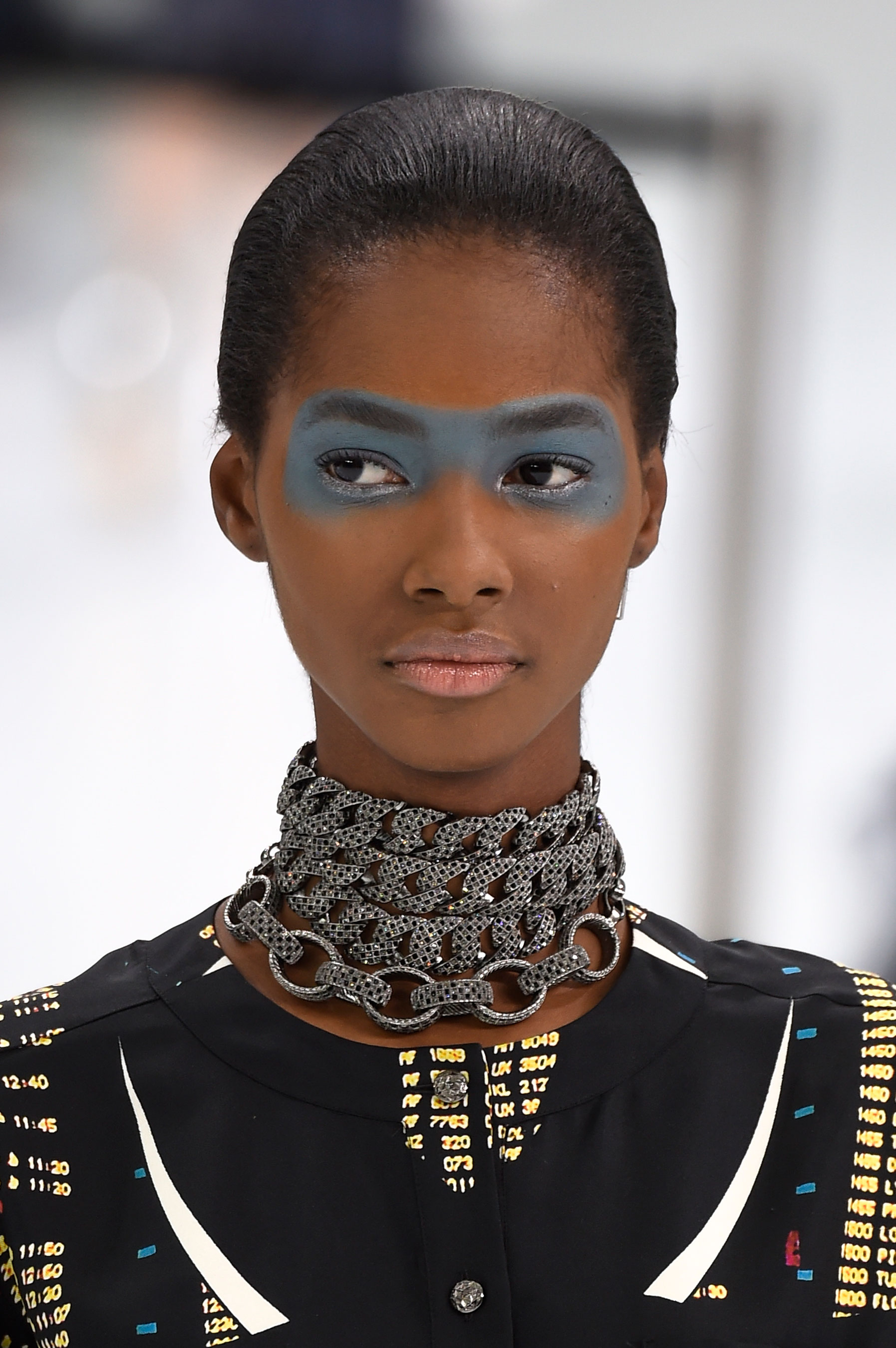 Chanel-spring-2016-runway-beauty-fashion-show-the-impression-07