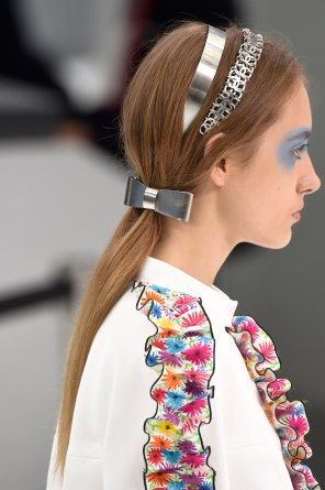 Chanel-spring-2016-runway-beauty-fashion-show-the-impression-11