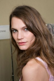 Chloe-spring-2016-beauty-fashion-show-the-impression-030