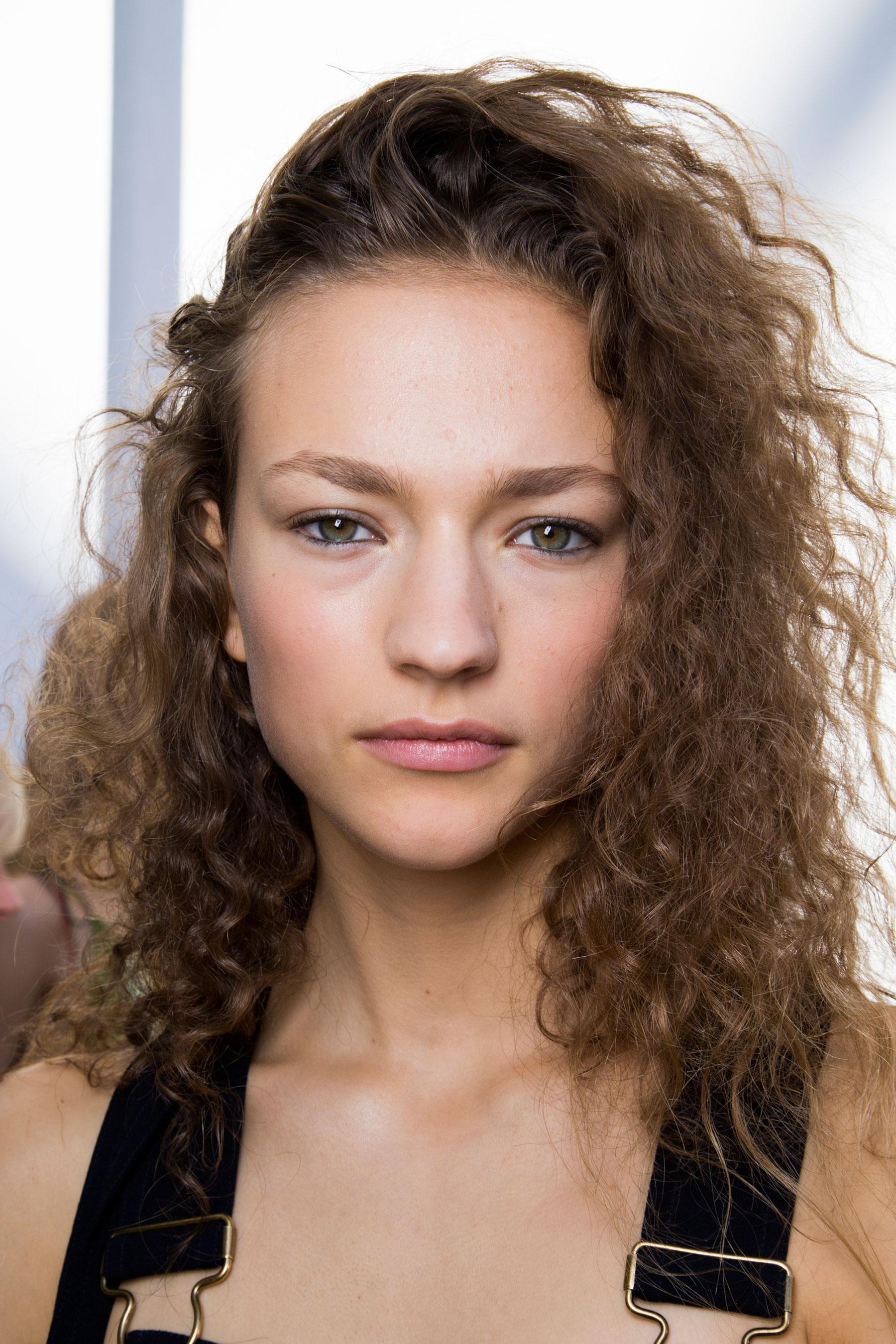 Chloe-spring-2016-beauty-fashion-show-the-impression-117