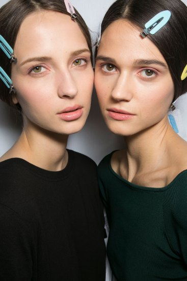 Dior-backstage-beauty-spring-2016-fashion-show-the-impression-031