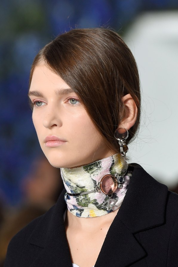 Dior-runway-beauty-spring-2016-fashion-show-the-impression-010