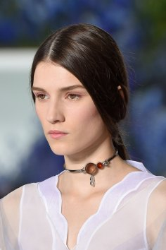 Dior-runway-beauty-spring-2016-fashion-show-the-impression-034