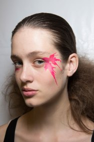 Issey-Miyake-spring-2016-beauty-fashion-show-the-impression-51