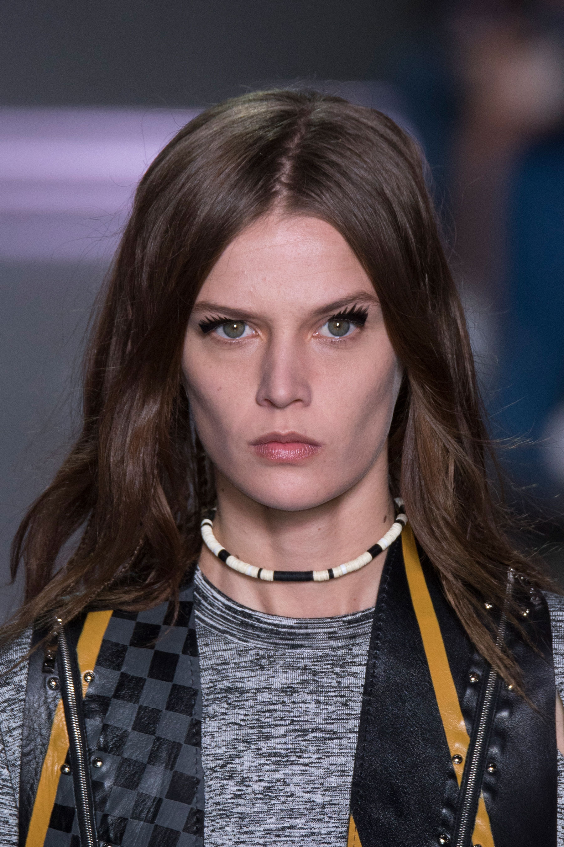 Louis-Vuitton-spring-2016-runway-beauty-fashion-show-the-impression-28
