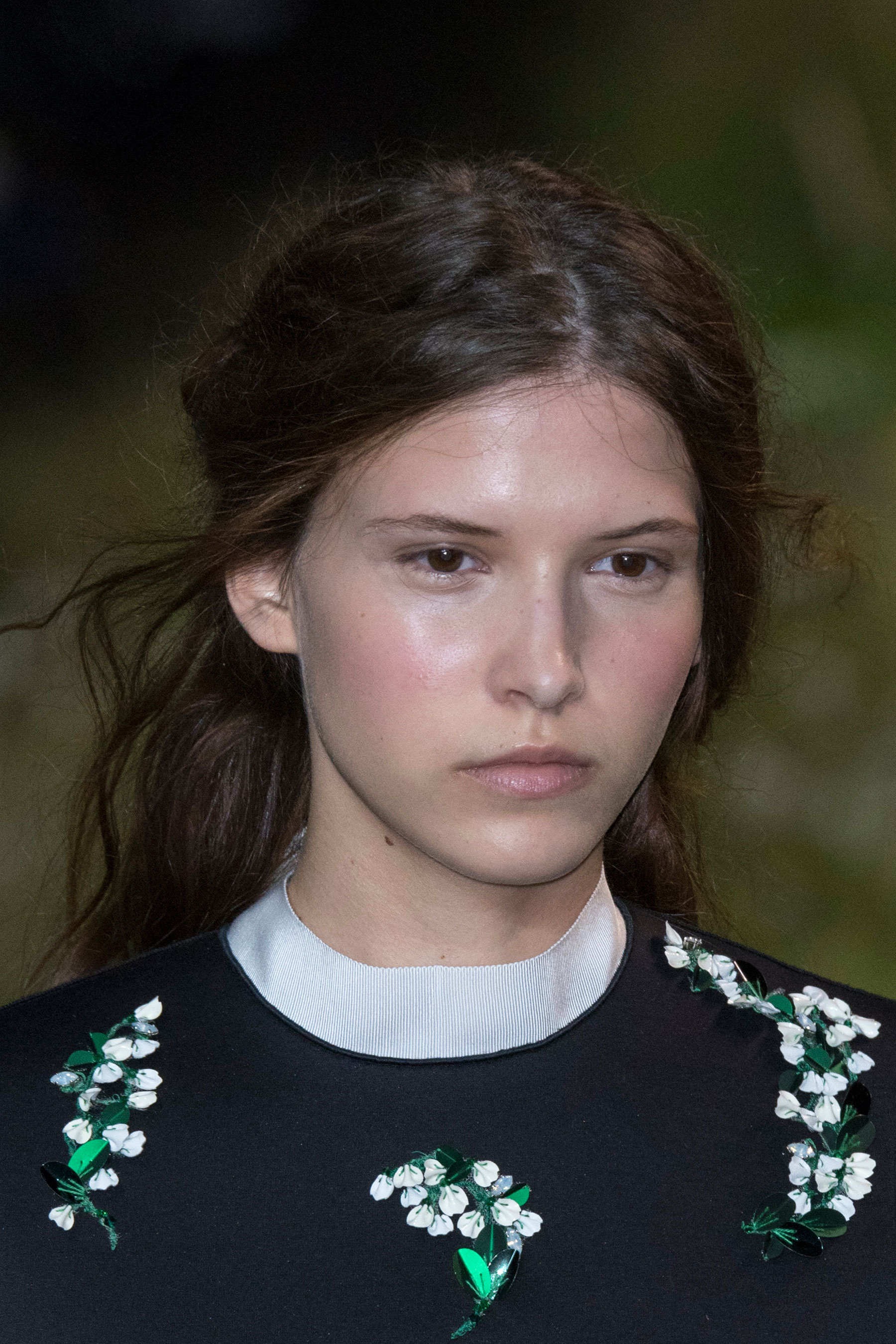 Moncler-Gamme-Rouge-spring-2016-runway-beauty-fashion-show-the-impression-40