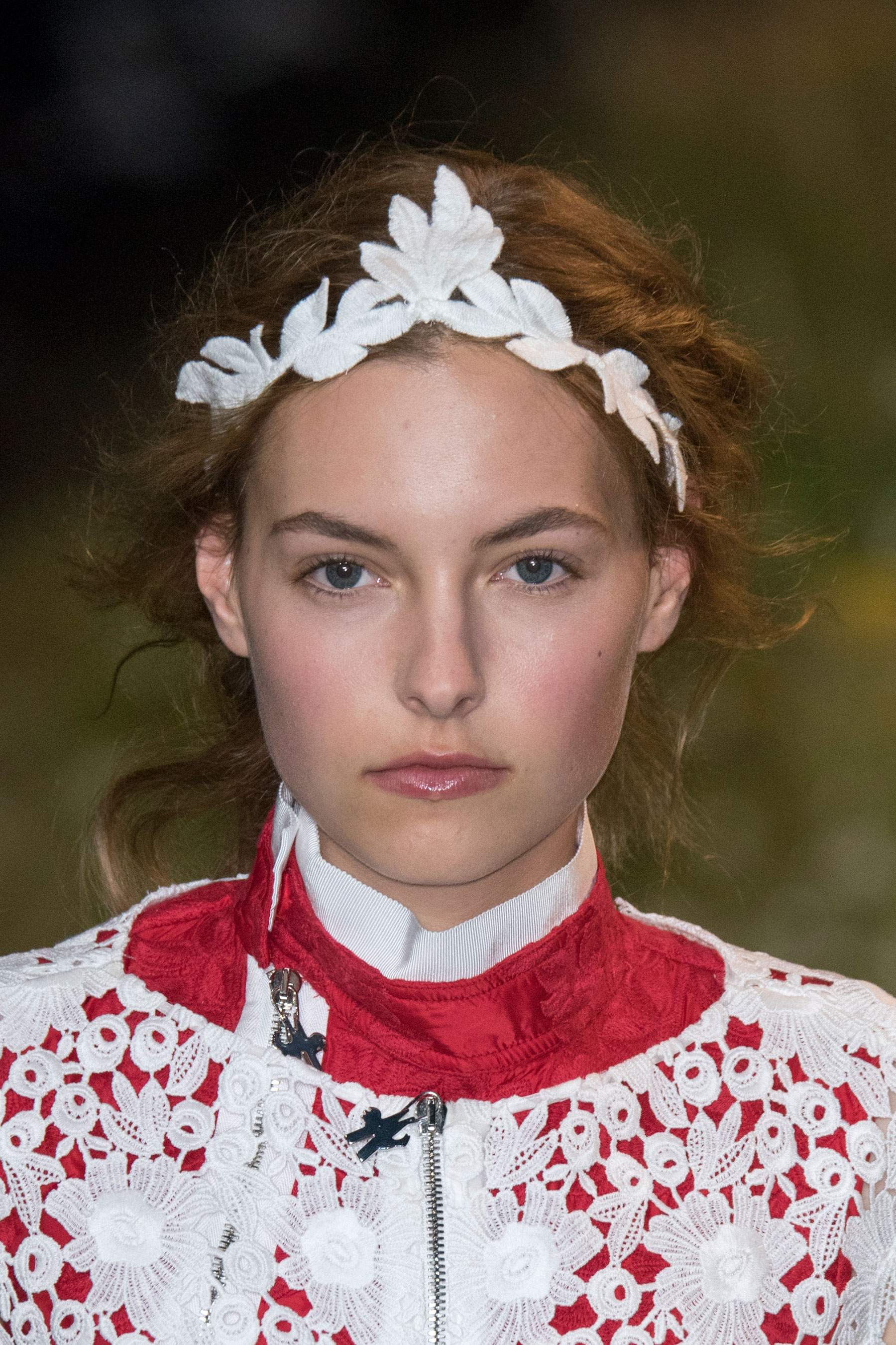 Moncler-Gamme-Rouge-spring-2016-runway-beauty-fashion-show-the-impression-45