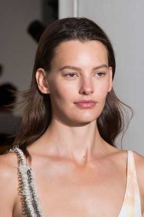 Paco-Rabanne-spring-2016-runway-beauty-fashion-show-the-impression-02