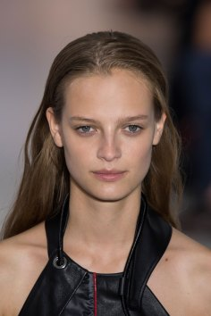 Paco-Rabanne-spring-2016-runway-beauty-fashion-show-the-impression-05