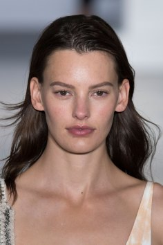 Paco-Rabanne-spring-2016-runway-beauty-fashion-show-the-impression-10