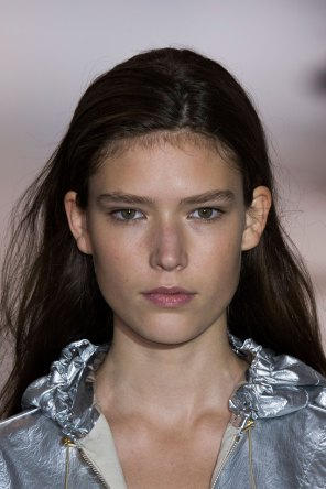 Paco-Rabanne-spring-2016-runway-beauty-fashion-show-the-impression-18