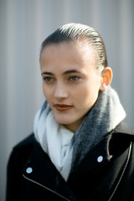 Paris-fashion-week-street-style-day-6-october-2015-the-impression-006