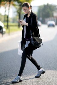 Paris-fashion-week-street-style-day-6-october-2015-the-impression-037